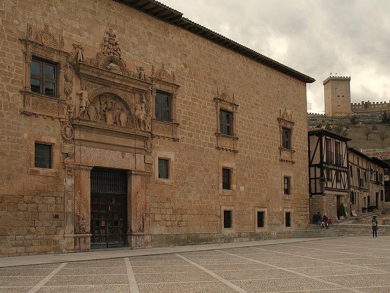 Archivo: Palacio de Avellaneda.  Peñaranda de Duero .. jpg