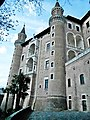 Palazzo Ducale (Urbino) - lato ovest 9.jpg