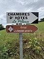 Panneaux Direction Chambre Hôtes Pilleuse Fermes Cheminée Sarrasine Route Merlières St Cyr Menthon 2.jpg