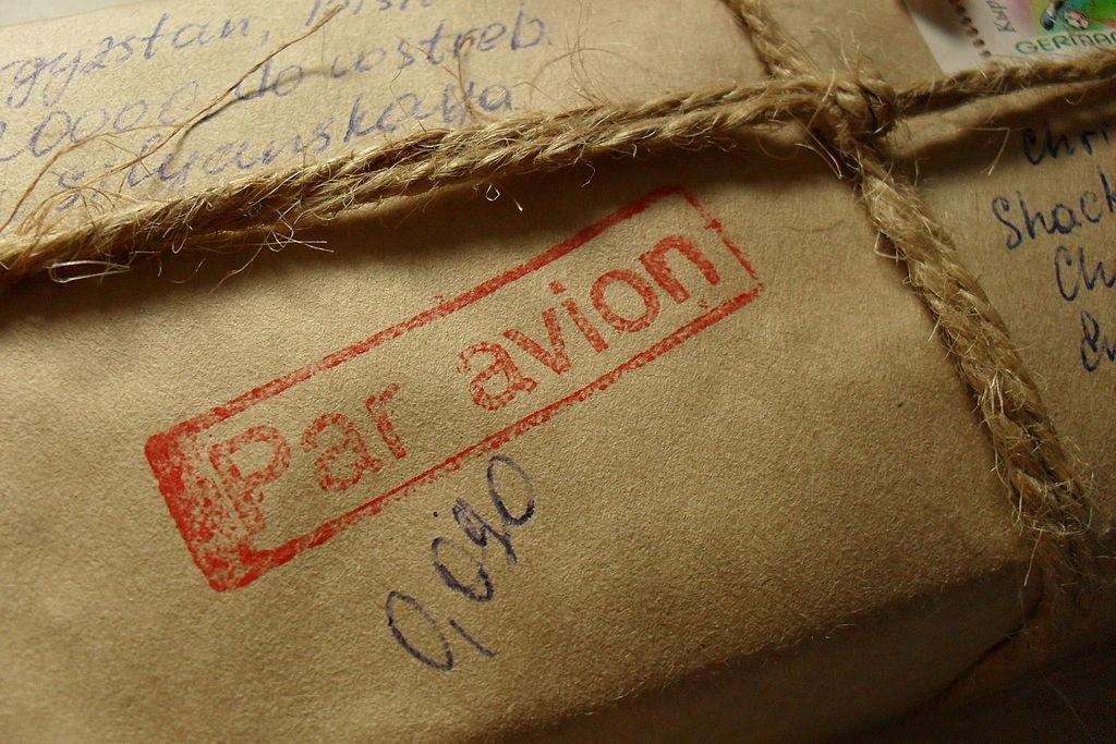 Par avion air mail