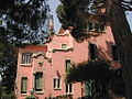 Parc Güell - Dem Gaudí säin Haus.JPG