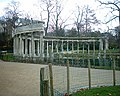 Parc Monceau - La Colonnade 02-03-06.jpg