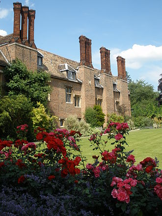 Pembroke College, Cambridge - The College gardens in Library Court