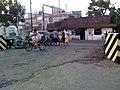 Pertigaan Pasar Menur - panoramio.jpg