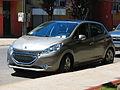 Peugeot 208 1.6 VTi Allure 2014 (12060217614).jpg