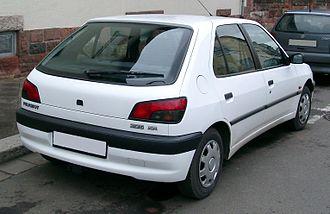 Peugeot 306 - Peugeot 306 rear