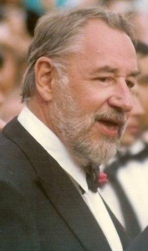 1st César Awards - Image: Philippe Noiret Cannes 1989 cropped