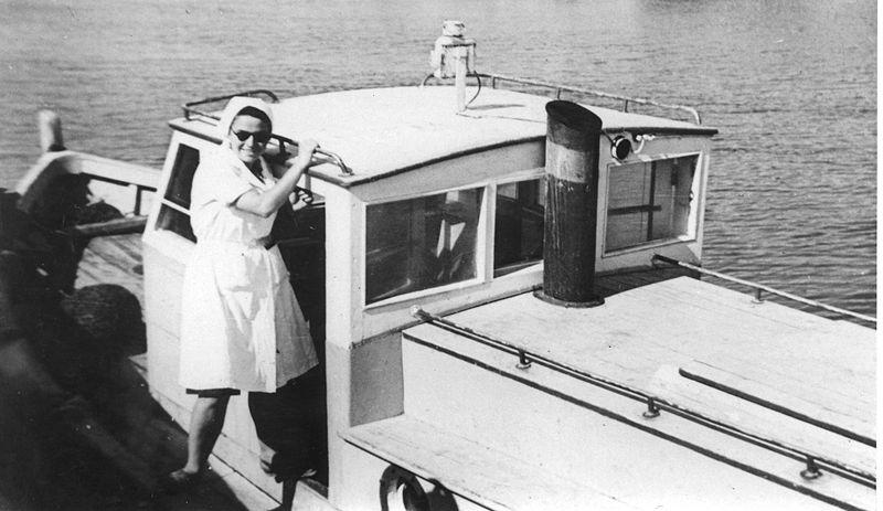 פרשת אקסודוס - סירות הקשר לאוניות הגירוש