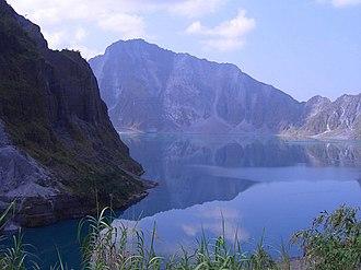 Lake Pinatubo - Image: Pinatubo Crater Lake (052005)