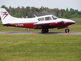 Piper PA-30 Twin Comanche - PA-30 Twin Comanche with modified dorsal fin and modified air intake in nacelles