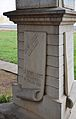 Placa al pedestal de la tomba de Constantí Llombart, cementeri de València.JPG