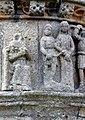 Pleubian Calvaire Christus vor Pilatus.jpg
