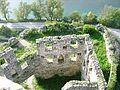Pocitelj, pohled z veze hradu na nadvori, Neretvu a cestu po.jpg