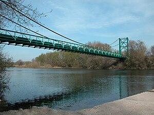 Orb (river) - Image: Pont de Cazouls