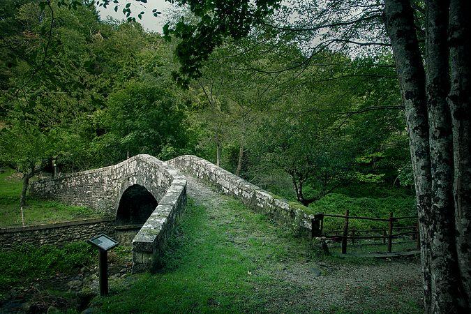 Ponte romanico di Serravalle, Bibbiena.jpg