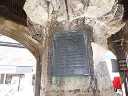 Photo of Poultry Cross, Salisbury bronze plaque