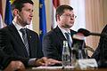 Preses konference par Eiro ieviešanas likumu (8432642058).jpg