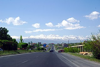 Proshyan and Aragats.jpg