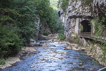 Put kroz kanjon Jerme 2