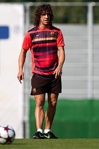 Carles Puyol - Puyol training with Barcelona in 2009.