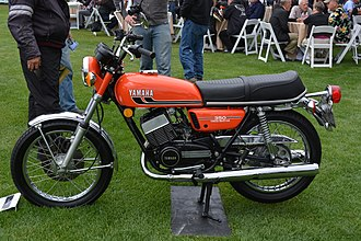 Straight-twin engine - Yamaha with its popular Two-stroke twin RD350