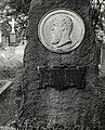 Rösch, Wilhelm, Grabmal.jpg