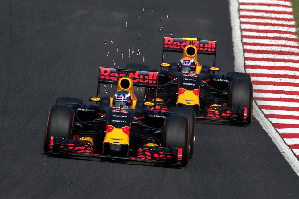 Red Bull duo 2016 Malaysia Race