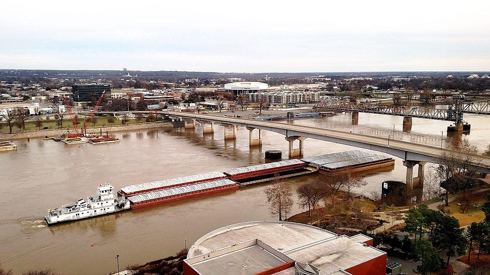 River Traffic in Little Rock