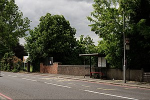 Cheam tube station - Road bridge carrying Cheam Road over the Wimbledon to Sutton line, location of the proposed station