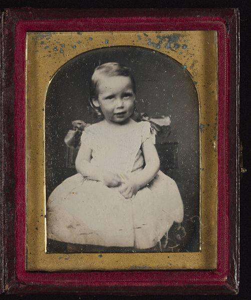File:Robert Louis Stevenson daguerreotype portrait as a child.jpg