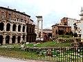 Roma, Teatro di Marcello e Tempio di Apollo Sossiano.jpg