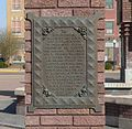 Roth Fountain (Sioux City) NW plaque.JPG