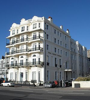 Royal Crescent, Brighton - Image: Royal Crescent Mansions (Former Hotel), Brighton (Io E Code 482119)