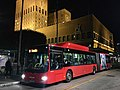 Ruter linje 31 Fornebu leddbuss Oslo rådhus (Oslo City Hall, bus, evening) Norway 2017-10-12.jpg