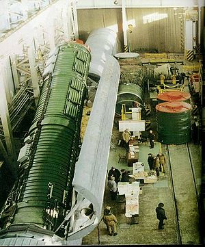 52nd Rocket Division - Removing an SS-24 from a railcar at Bershet, 2003