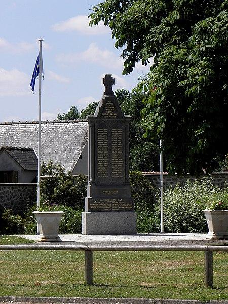 Monument aux morts de Saint-Fraimbault-de-Prières (53).