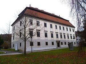 Schloss_Auhof_(Linz)_-_Südtrakt.jpg