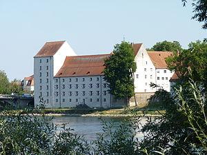 Bavaria-Straubing - Image: Schloss Straubing 2