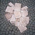 Scholl-Denkmal, München (Zuschnitt).jpg