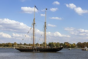 Schooner Virginia Chester River MD2.jpg