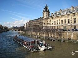 Seine view with tourist boat.JPG