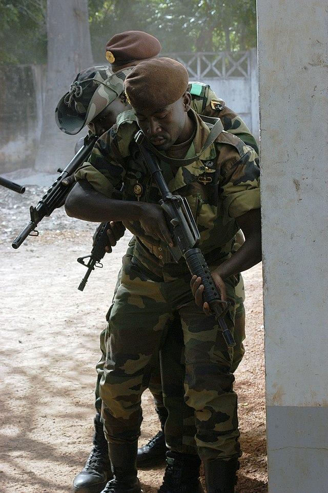 commandant zone militaire ziguinchor casamance