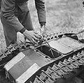 Serie Landmijnen ruimen in Hoek van Holland, Bestanddeelnr 900-6452.jpg