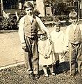 Siblings, 1926.jpg