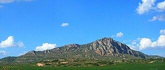 Sierra del Mugrón - The Sierra del Mugrón seen from the south near Almansa