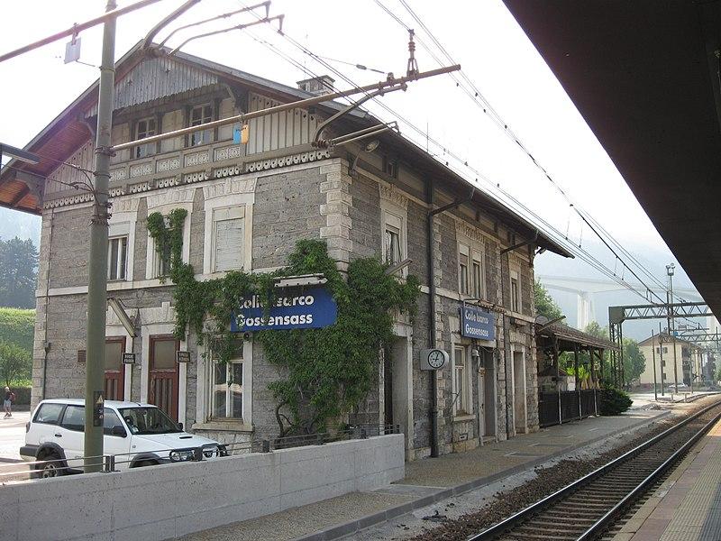 File:Stazione di Colle Isarco.jpg - Wikimedia Commons