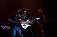 Steve Vai and the band (Milano, 2005)2.jpg