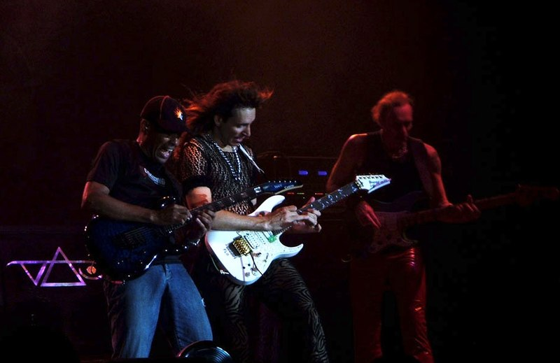 File:Steve Vai and the band (Milano, 2005)2.jpg