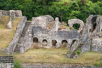 Mediolanum Santonum - Image: Structures roman amphitheatre Saintes Charente Maritime