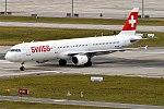 Swiss, HB-IOH, Airbus A321-111 (26266244248).jpg